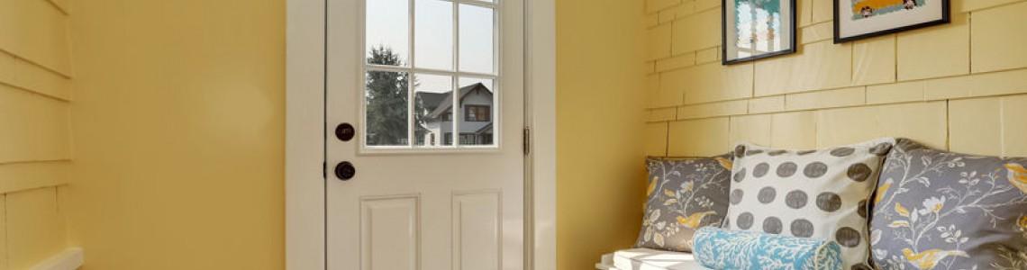 Miért érdemes műanyag bejárati ajtót választani?