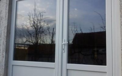 Ajtó, ablak beépítés profikkal, rövid határidővel!